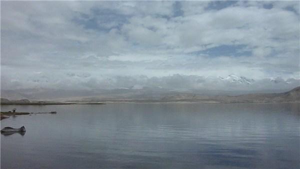 カラクリ湖の空気