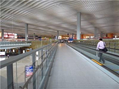香港空港入り口
